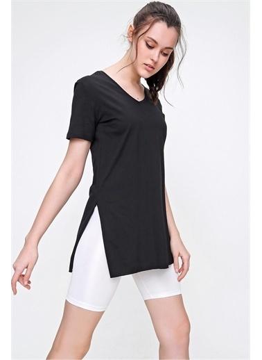 Pink Park Yanı Yırtmaçlı V Yaka Pamuk T-Shirt HST0010 Siyah